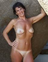 ... pics of horny Milf - private holiday pics of horny Milf/milf010.jpg