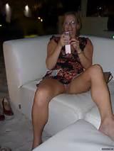 Erica : Pantyless Selfpic Milf