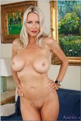 Emma Starr stunning blonde MILF gets fucked Picture 11