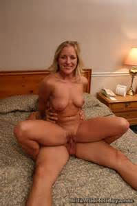 beautiful-mature-slut-gets-butt-banged-156517-milf.jpg