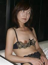 MATURE AMATEUR ASIAN MILF,juicy japanese wife exposed - w21.jpg