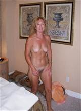 older hairy milf with small hangers … great to suck on !!