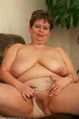watch hot mature women and hardcore grannies 50 000 pictures and 240 ...