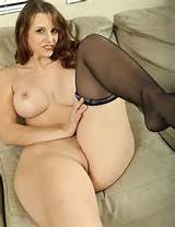 Chubby..Ebony..Milf..Hairy..Hips..Ass..Boobs(nude/no nude) 3 4 of 100 ...