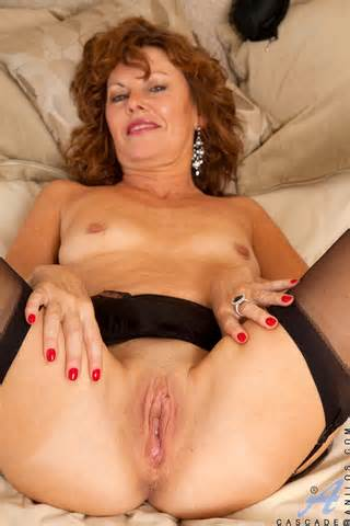 ... Cascade spreads her legs for a perfect view of her juicy milf pussy