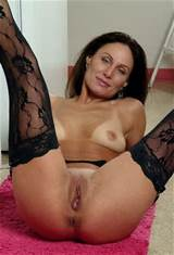 Hot MILF sex pictures and MILF porn galleries. Cougars fucking.