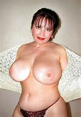 chubby milf with huge boobs